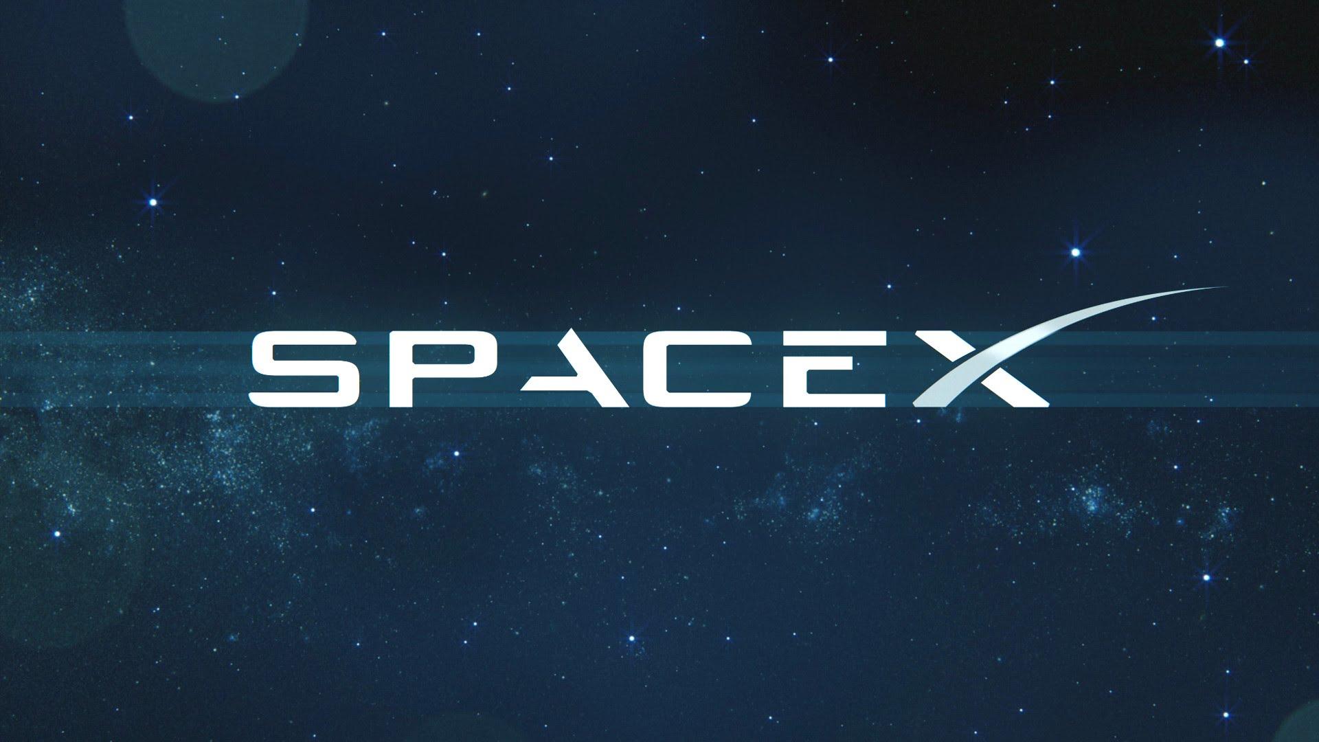 SpaceX переніс перший пілотований політ апарату Dragon на 2018 рік?