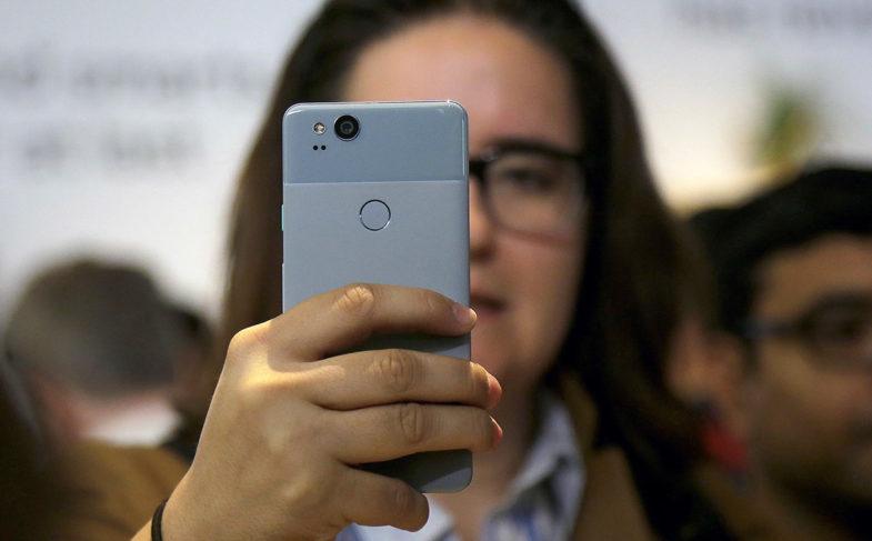Новые смартфоны Google Pixel 2