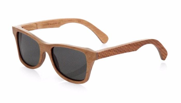 солнцезащитные деревянные очки