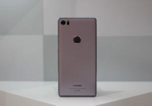 9 из 12 самых продаваемых смартфонов в мире из Китая