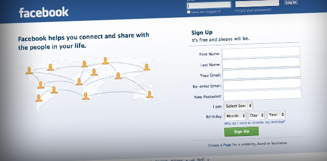 Фейсбук входит в 10-ку самых прибыльных сайтов