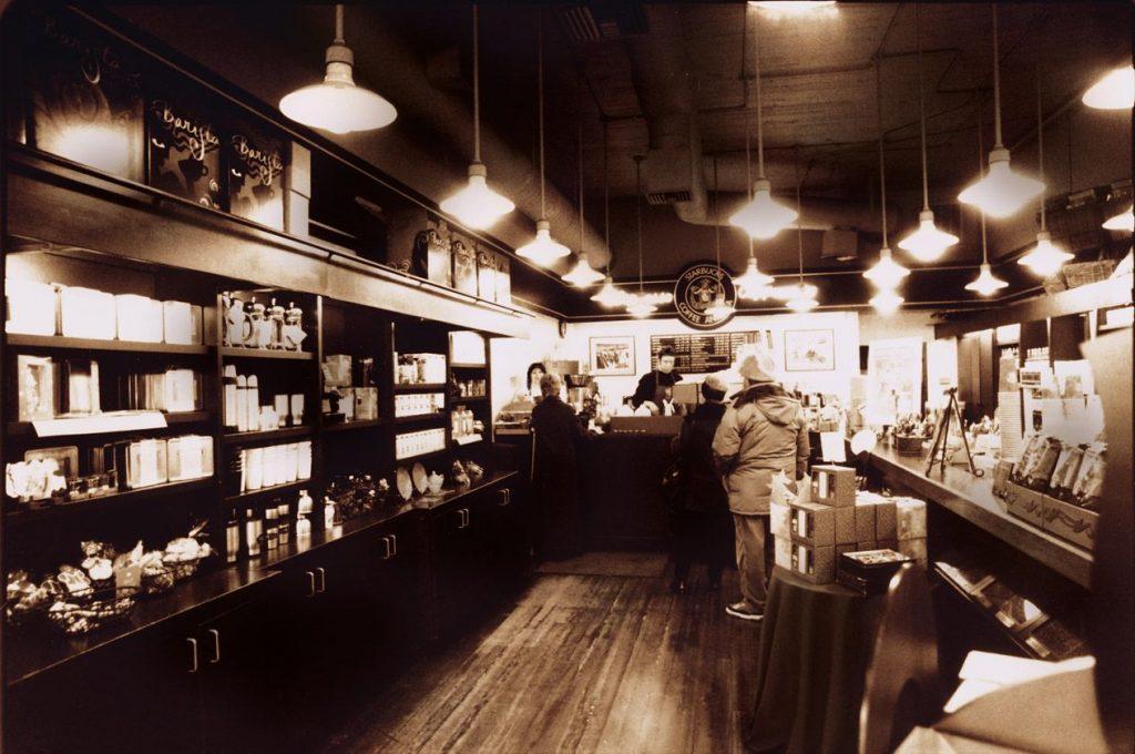 Первый магазин Starbucks в Сиэтле