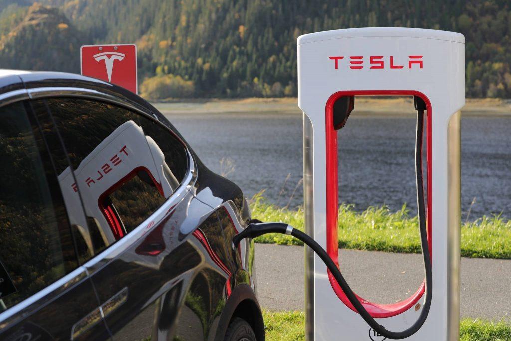 Зарядная станция Supercharger Tesla