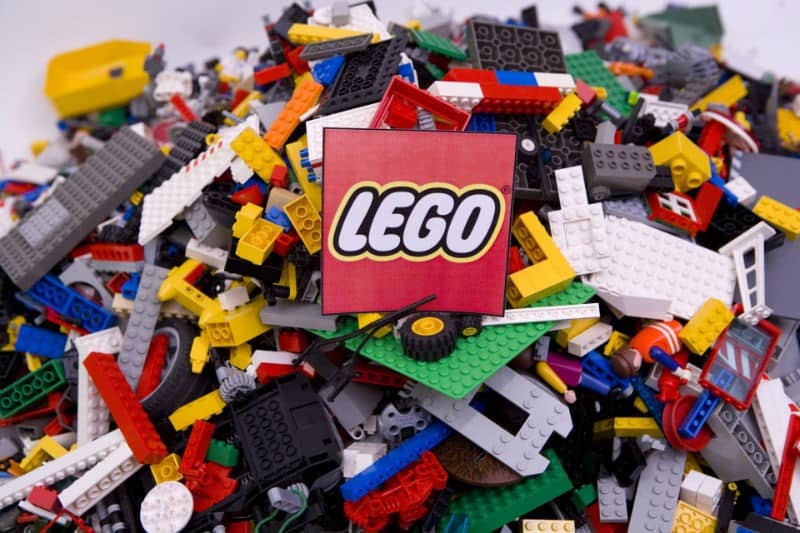 Стартегия Lego